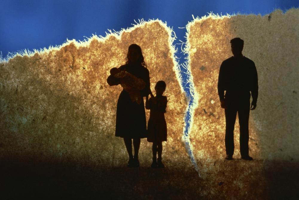 Как пережить развод без слез и стресса