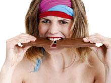 Психологи выяснили, почему «заедание» проблем помогает справиться со стрессом