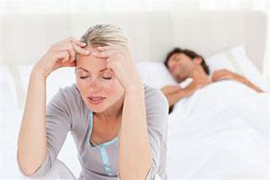 Женщины страдают бессонницей чаще мужчин