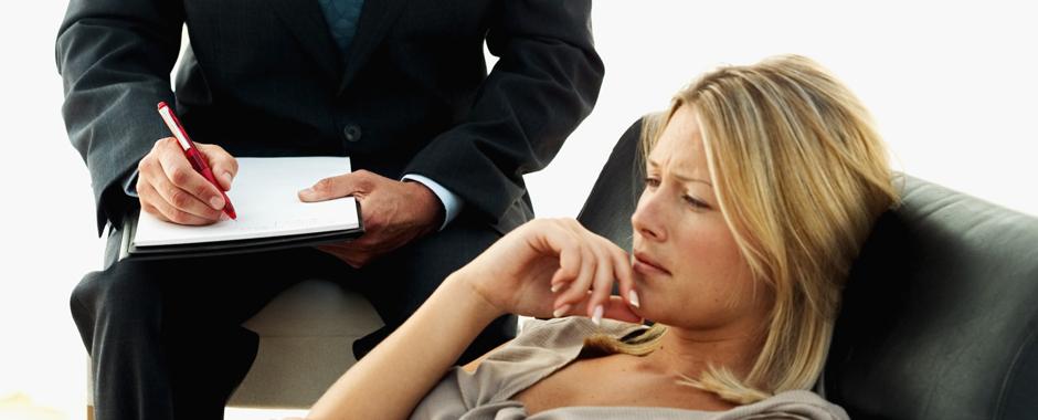 В ряд психических расстройств хотят включить стеснительность, эксцентричное поведение и переживания после тяжелой утраты