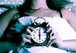 Недосыпание действует на организм так же, как и стресс