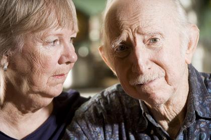 В старости женщины чаще мужчин страдают от слабоумия