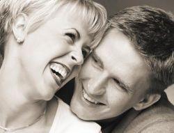 Улучшить отношения поможет смех