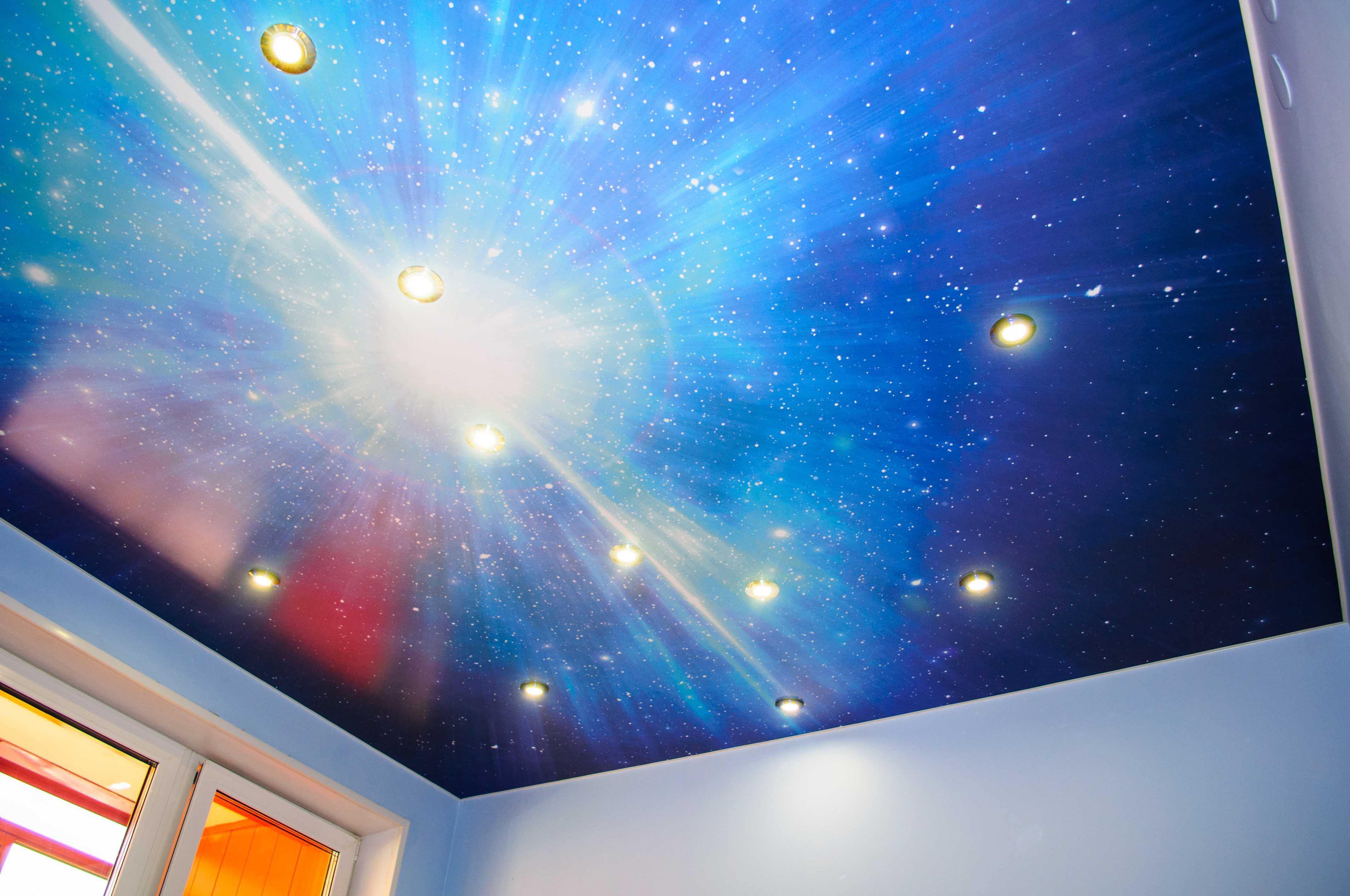 Натяжной и подвесной потолок — модная обновка для квартиры