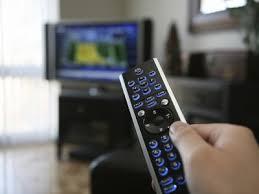 Психиатры рекомендуют выключить телевизор, чтобы не страдала психика