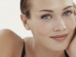 Стресс вызывает у женщин мигрень