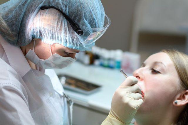 Лечение зубов беременным женщинам