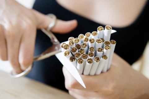 Бросать курить лучше на пару с любимым человеком