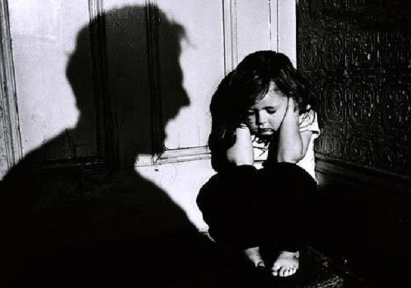 Шизофрения у детей: симптомы, причины, лечение