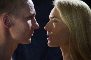 Почему мужчины извиняются реже, чем женщины?