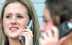 Почему раздражают разговоры по телефону?