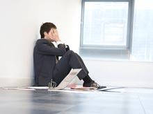 Стресс заставляет людей верить в теории заговора