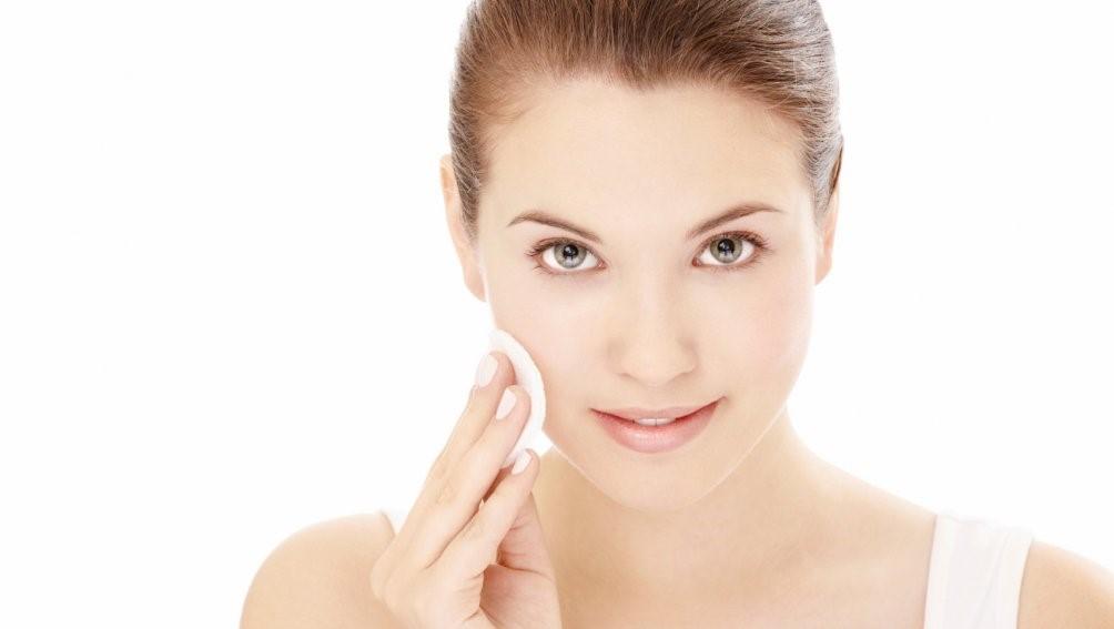 Процедура очистки кожи
