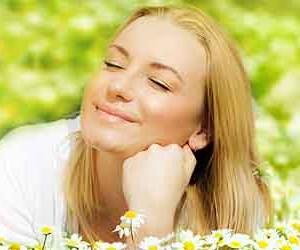 Улыбка не делает человека счастливым?..