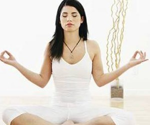 Йога для здоровья: простые асаны и мудры от стресса