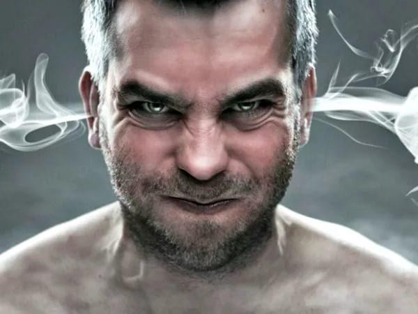 Злой мужчина более раним
