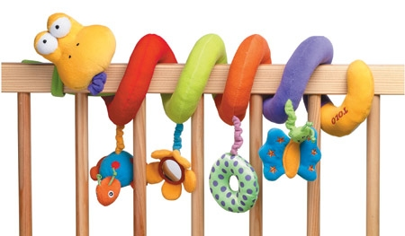 Какие игрушки нужны трехмесячному ребенку