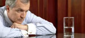 Психолог рассказал, как стоит воспринимать кризис среднего возраста