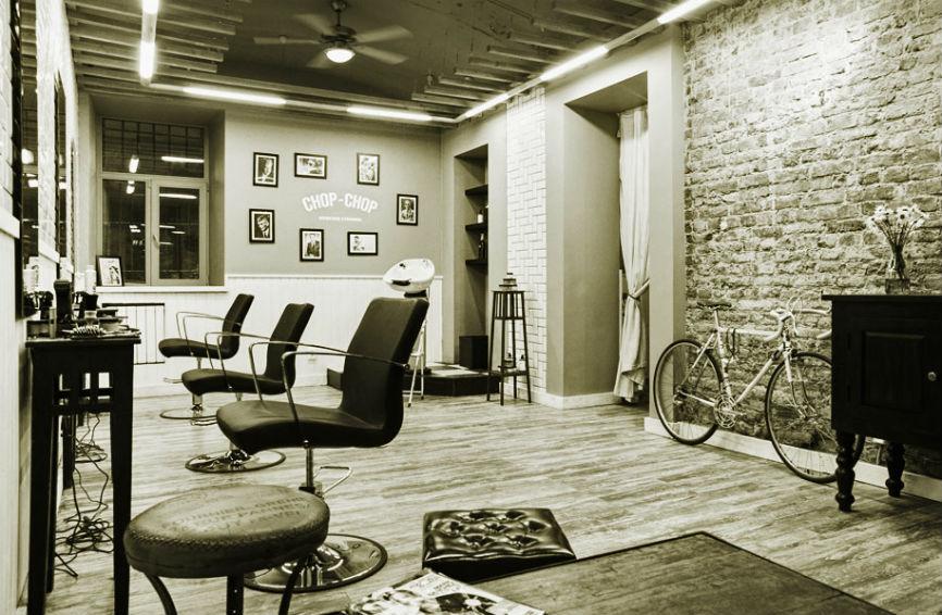 Парикмахерские кресла для салонов красоты и парикмахерских.