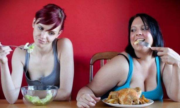 Психологи узнали, что стоит за проблемами с весом