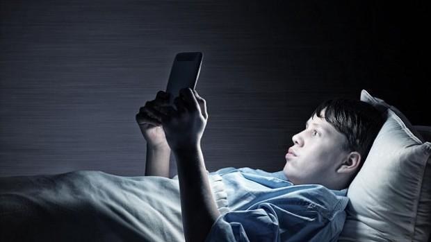Нехватка сна у подростков чревата развитием депрессии и наркомании