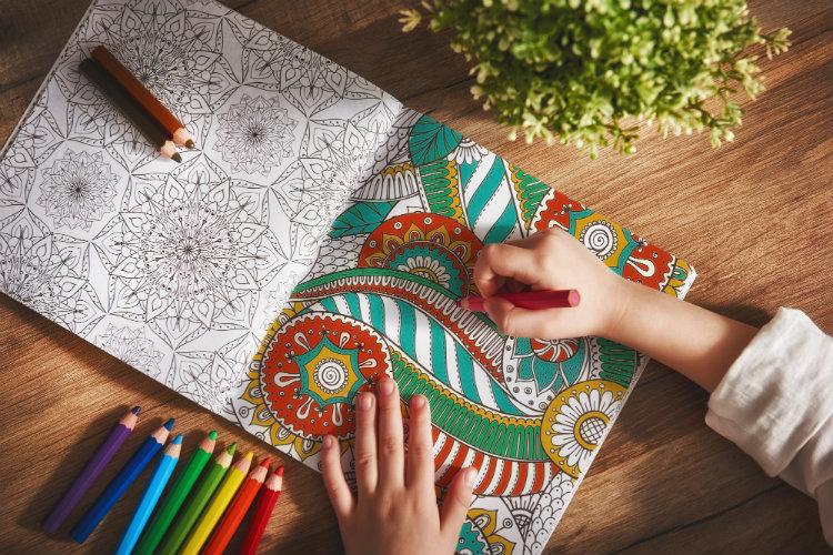 Есть вопрос: помогут ли антистресс-раскраски справиться с тревогой