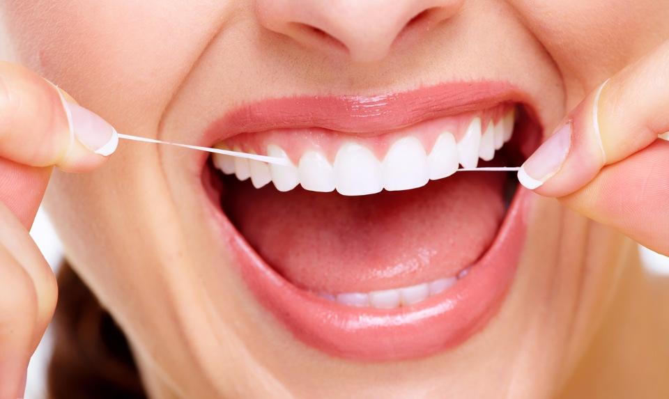 Все что нужно знать о зубной нити