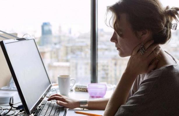 Зависимость от соцсетей связали с невротизмом и покладистостью