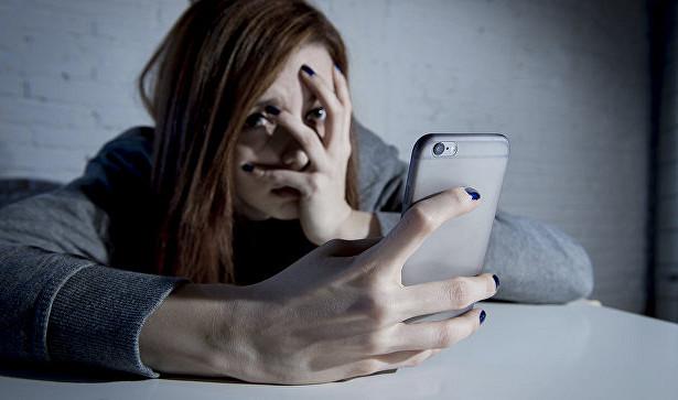 Ученые узнали, что делает людей зависимыми от соцсетей