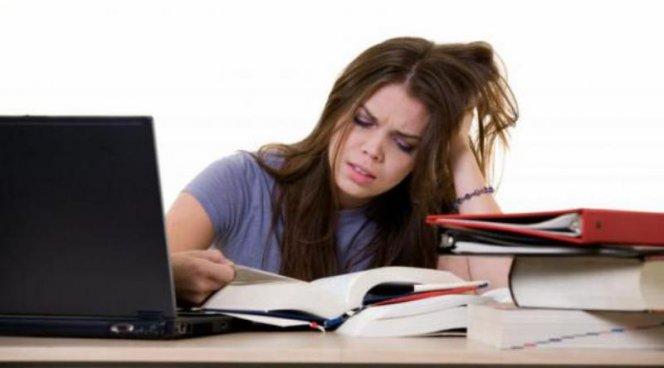 Половина старшеклассников из-за стресса не может учиться