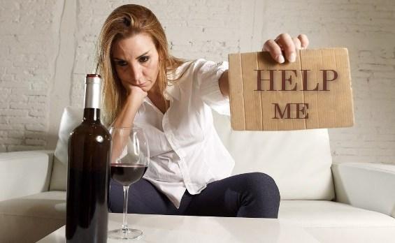 Лечение алкоголизма и выведение из запоя