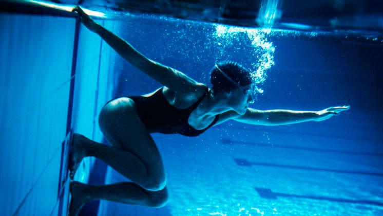 Бассейн: полезное плавание