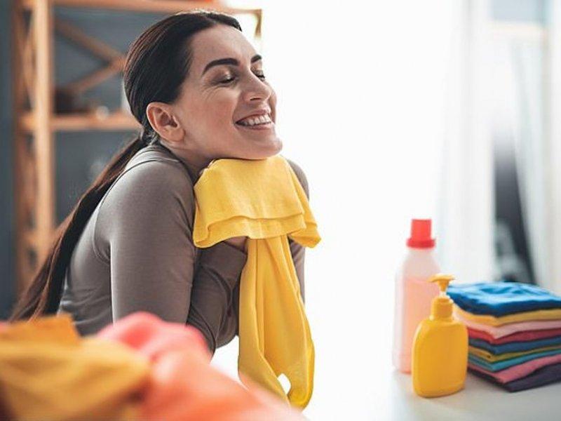 Для снятия стресса женщинам нужен запах мужчины