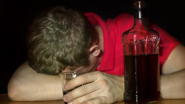 Алкоголь позволяет подавить плохие воспоминания
