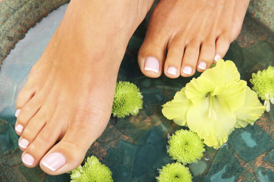 Грибок ногтей: симптомы и способы лечения