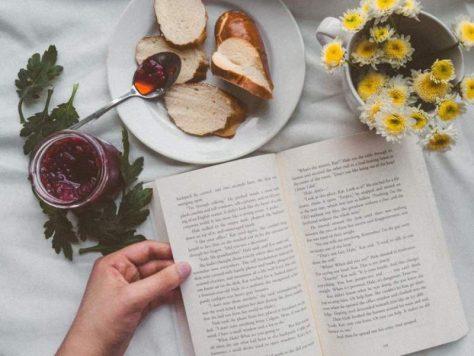 Чтение — лучший способ борьбы с одиночеством