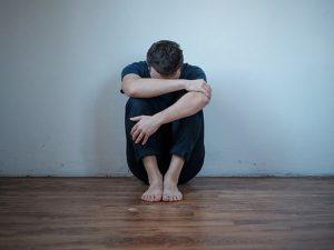 Здоровых лечат от депрессий, а депрессивные не получают лекарств