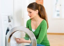 О чем говорит посторонний шум в стиральной машинке Индезит при отжиме