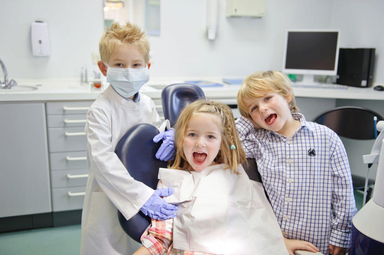 Когда начинать водить нашего ребенка к дантисту?