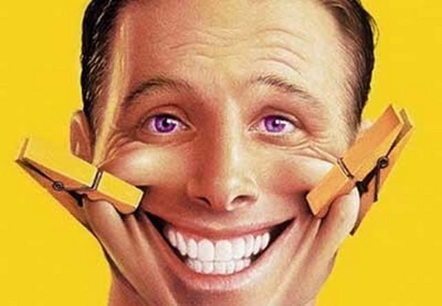 Ученые выяснили, действительно ли улыбка делает человека счастливым