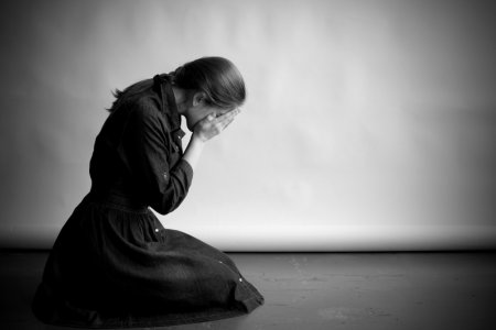Жизнь в черном цвете: признаки и симптомы депрессии