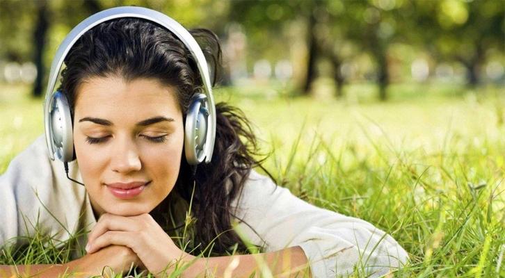 Как быстро успокоить нервы: 9 полезных советов на все случаи жизни