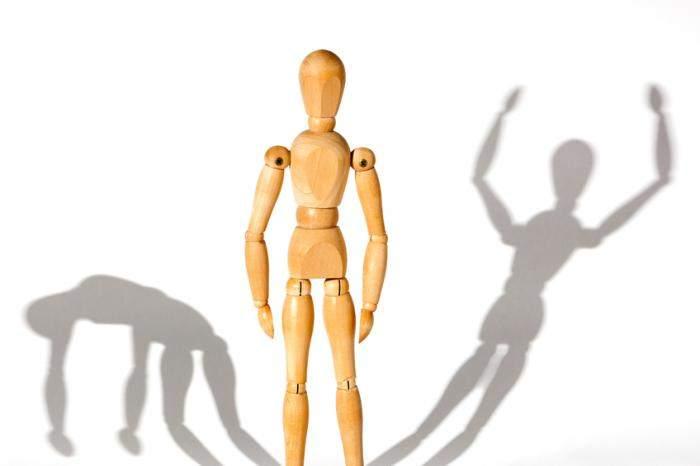 Биполярное расстройство: названы ранние симптомы