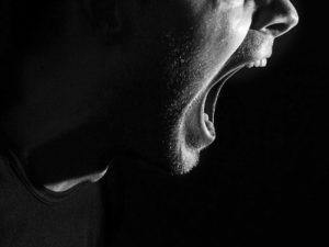 5 признаков, помогающих узнать психопата при общении