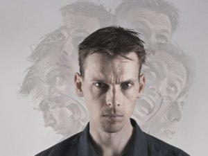 Психические нарушения могут привести к патологическому каннибализму