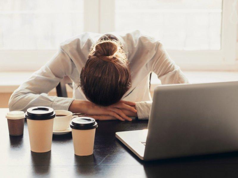«Выгорание» и «депрессия» — психологи рассказали о недугах