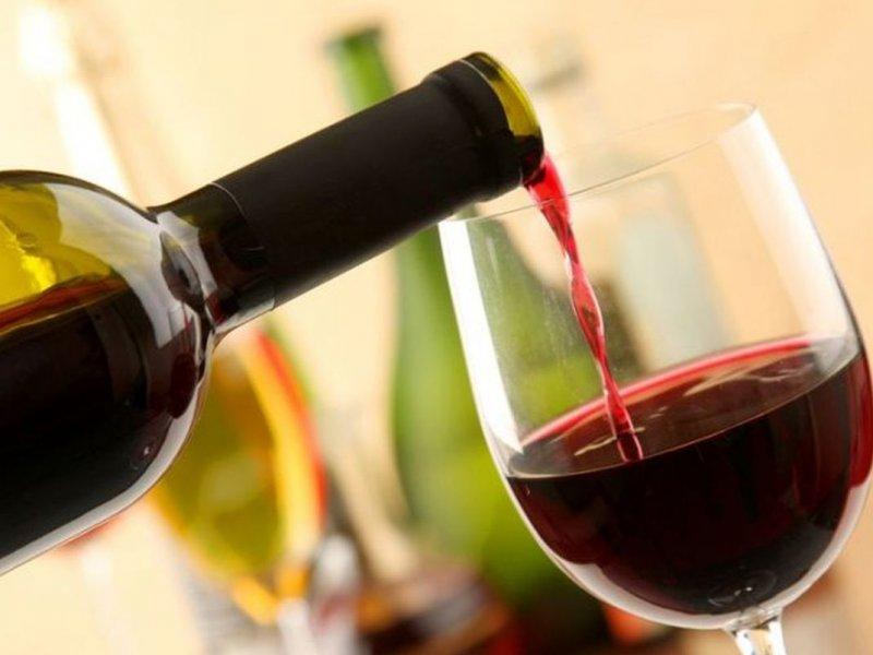 Красное вино содержит компонент, помогающий лечить психические расстройства
