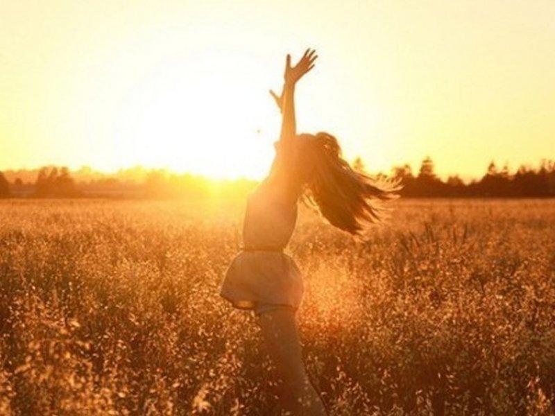 Психолог Дженнифер Тайтс: многие люди летом испытывают хандру и уныние