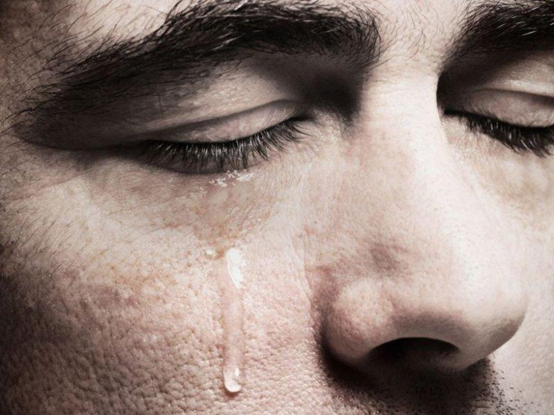 Почему плач может помочь нам похудеть