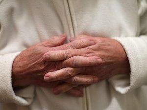 Количество пожилых людей на антидепрессантах быстро растет